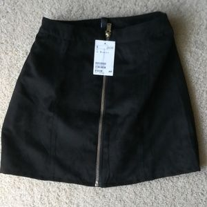 H&M faux suede black zipper mini skirt 2